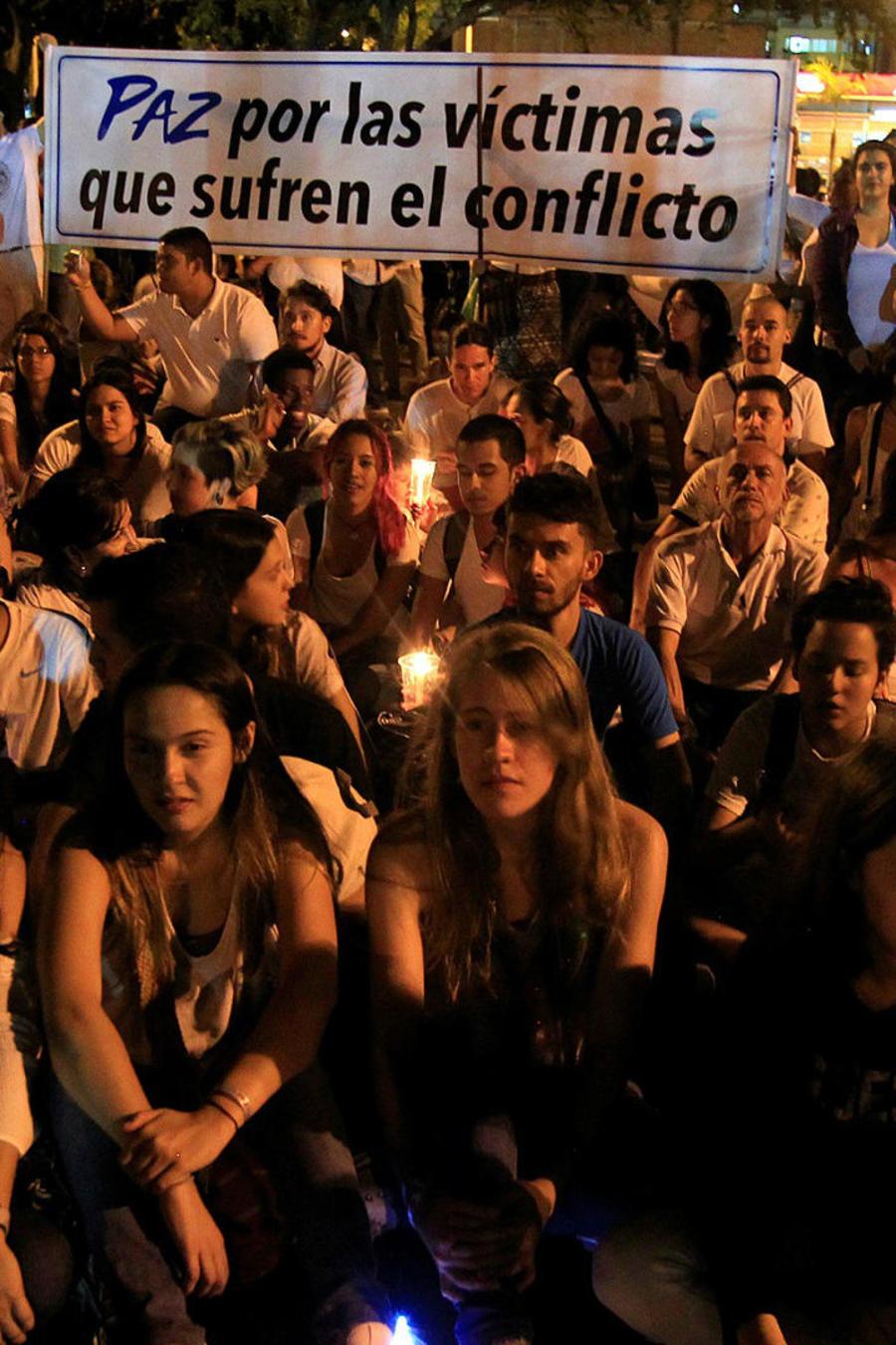 Colombia se pregunta qué hacer para evitar la guerra