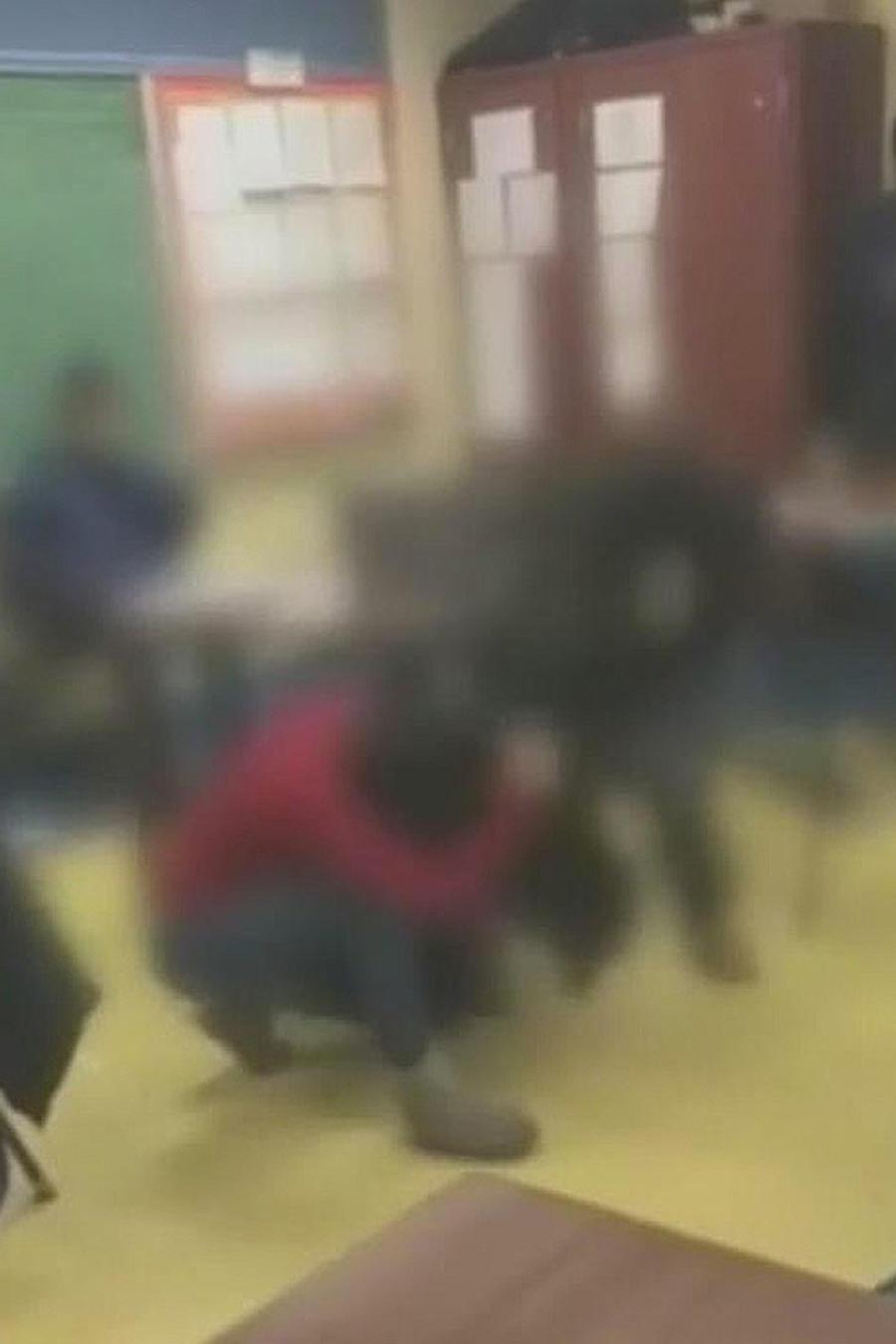 arrestan estudiantes