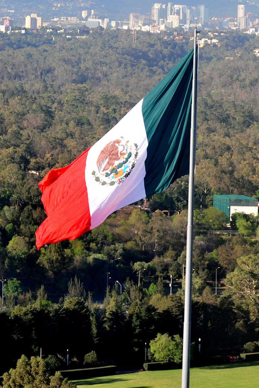 No cesan los respaldos a México