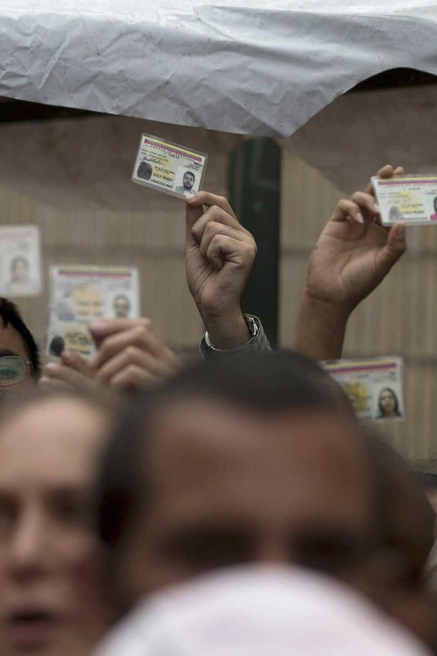 Descontento en Venezuela por nueva cédula de identidad
