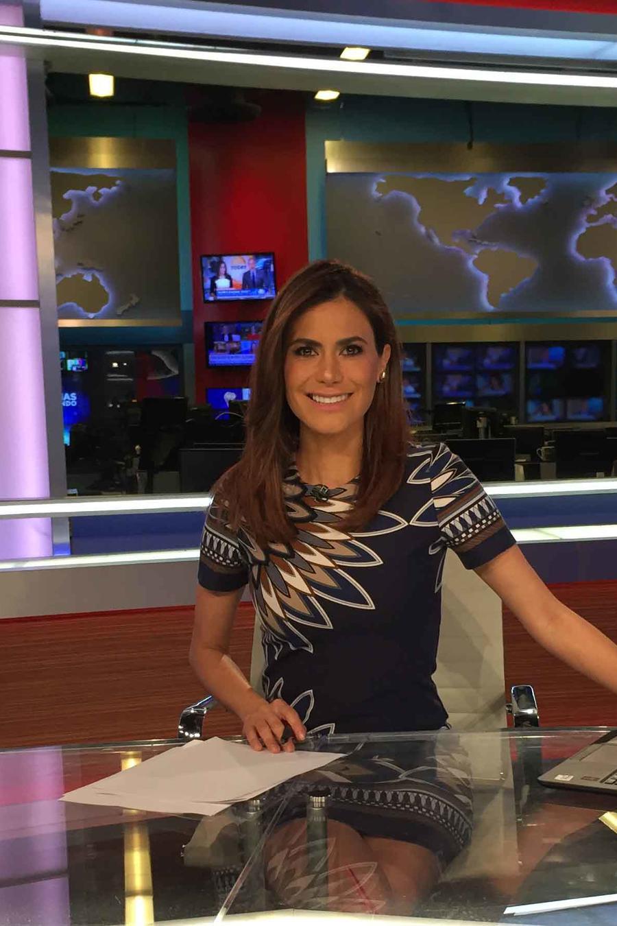 Vanessa Hauc con las noticias del 17 de febrero de 2017 en Un Nuevo Día