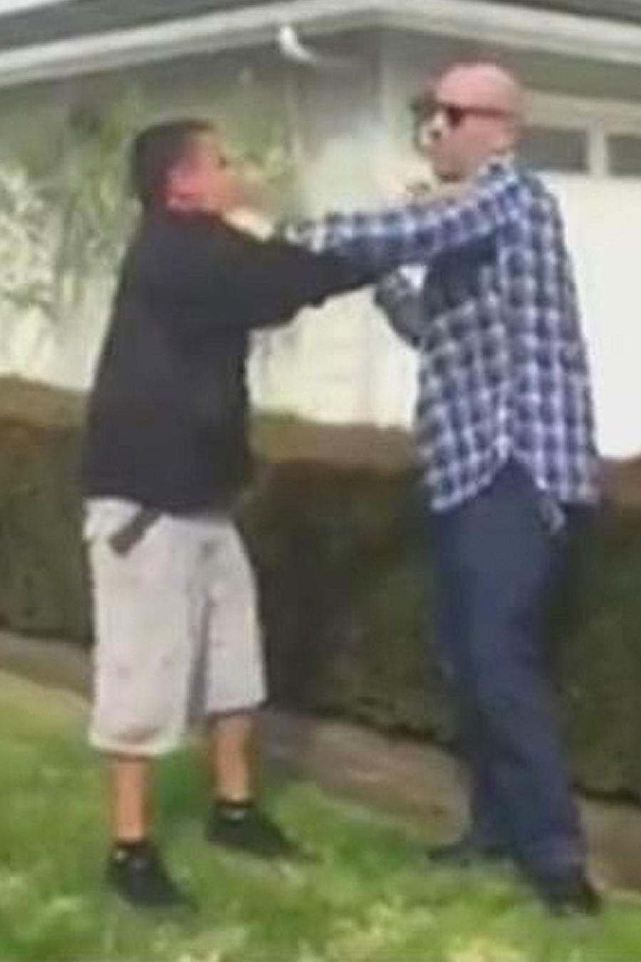 video policia violento