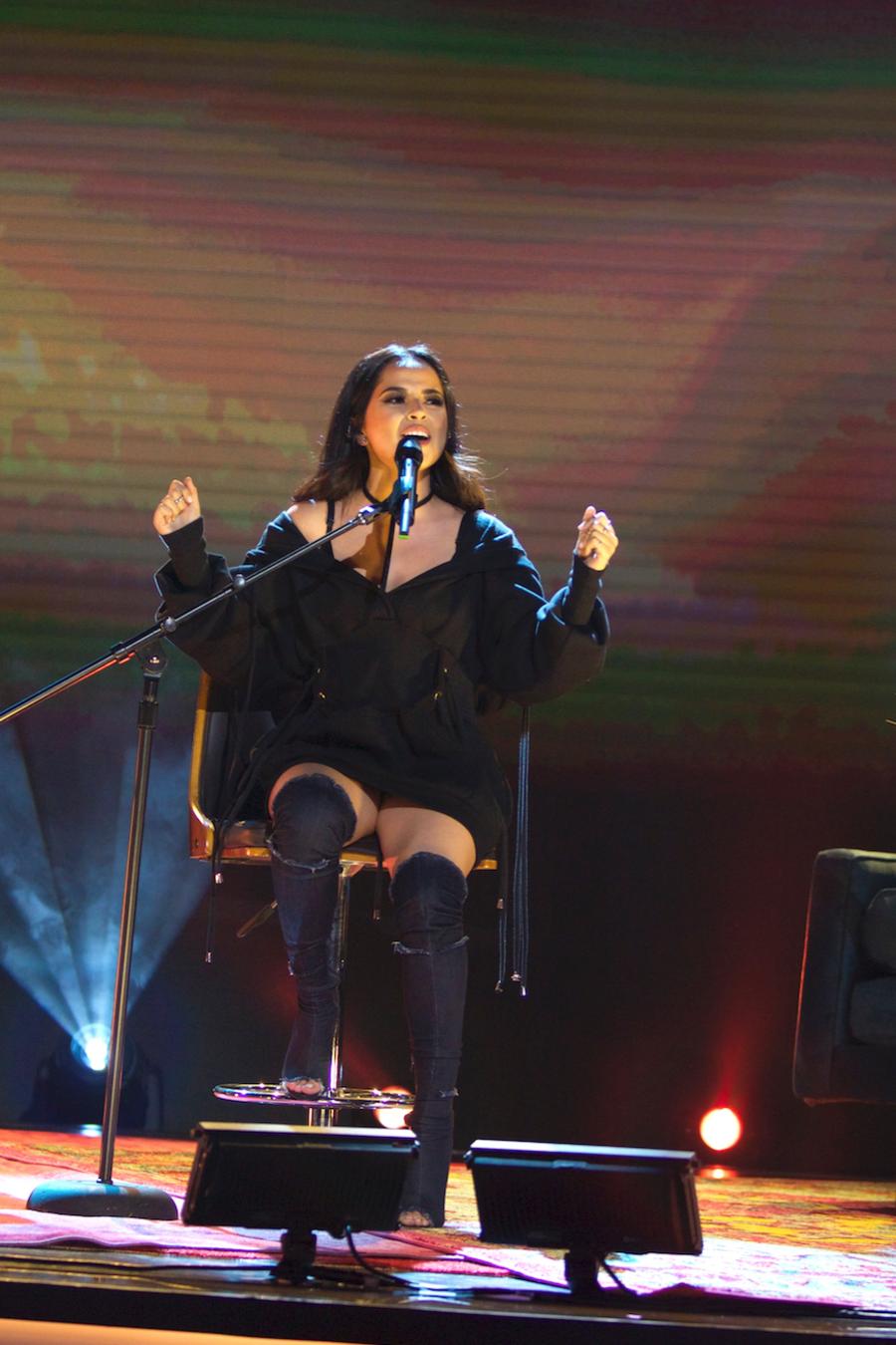"""Becky G cantando """"Todo cambió"""" en Don Francisco Te Invita"""