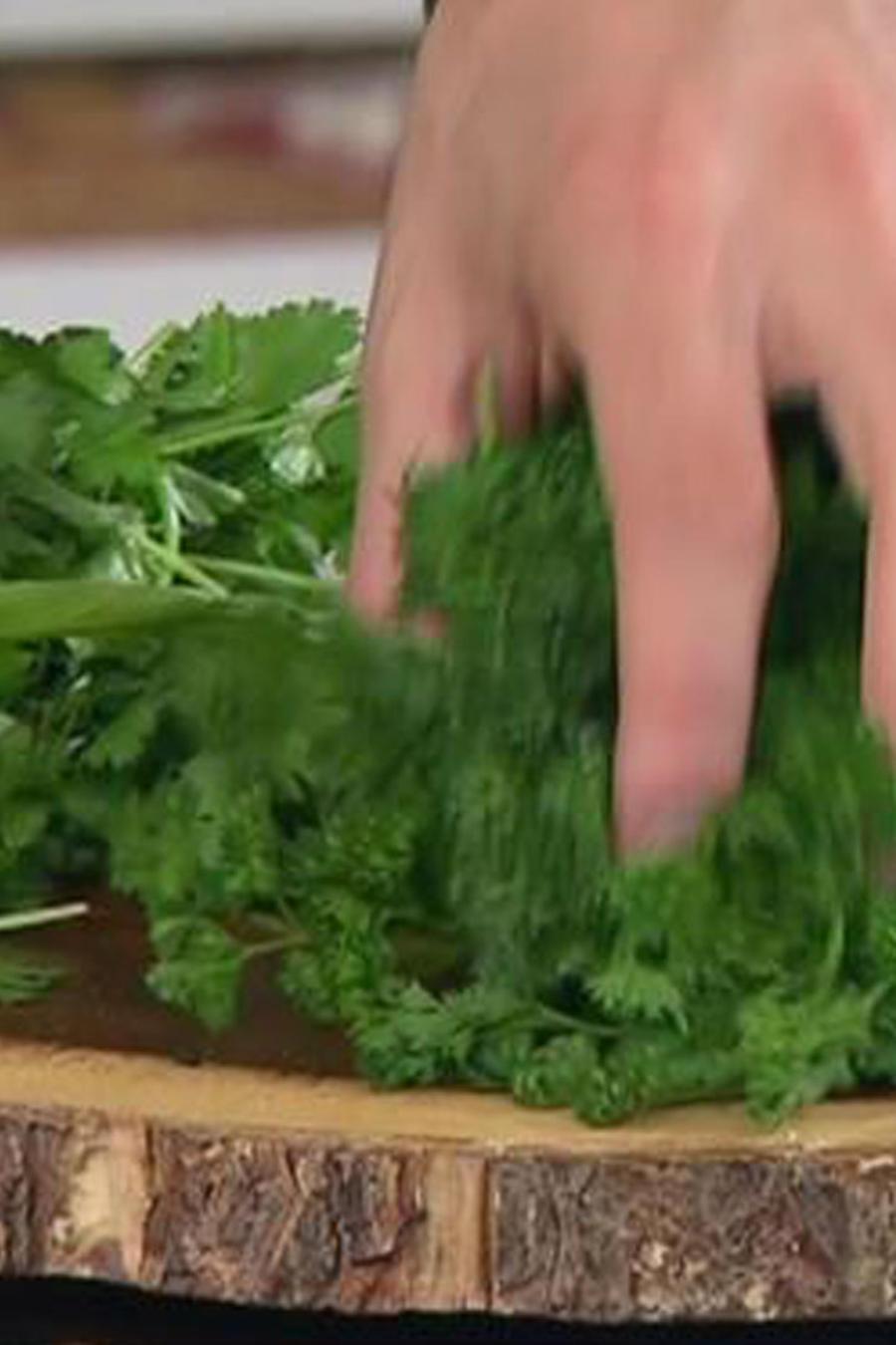 Consejos de cocina: Yerbas adecuadas para los postres