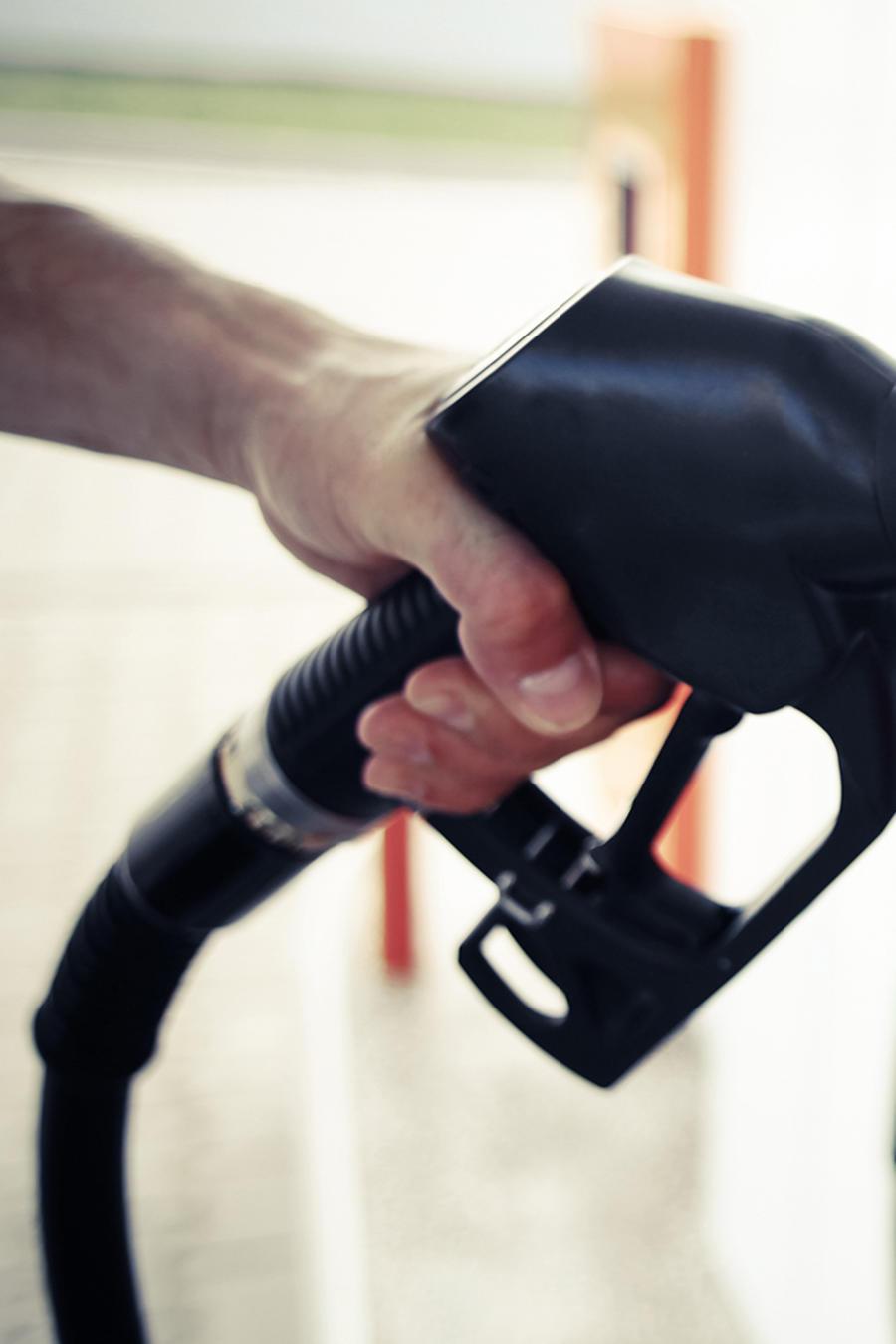 ¡Malas noticias! La gasolina no deja de aumentar y los americanos temen que todo aumente