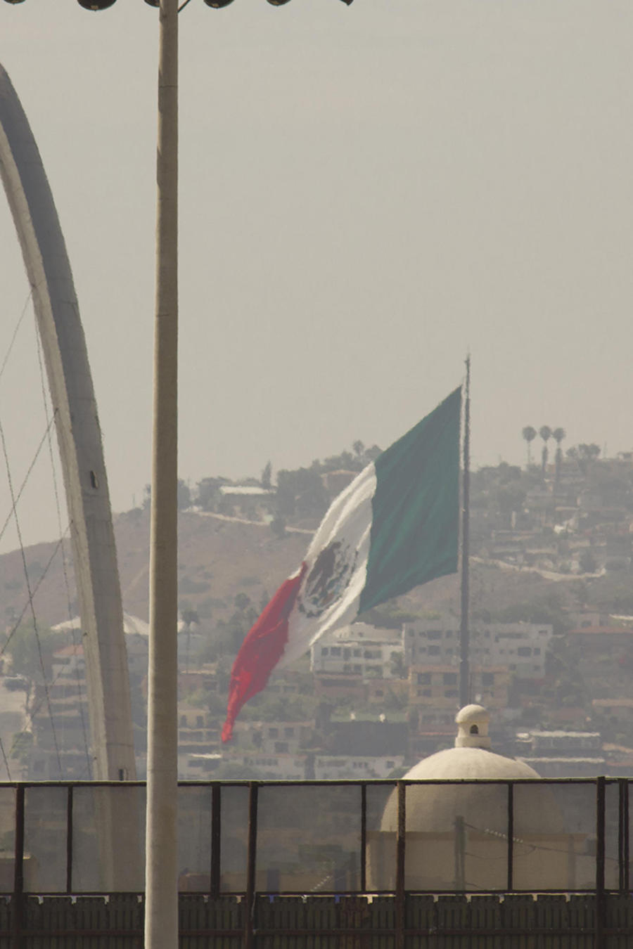 Disputa por muro fronterizo podría parar a EEUU