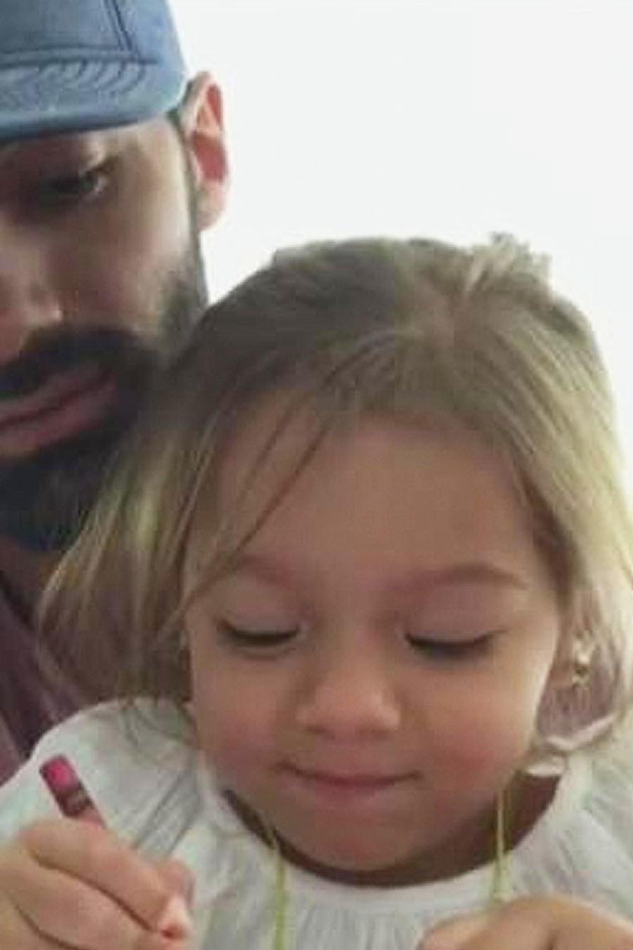 alaia con su papá
