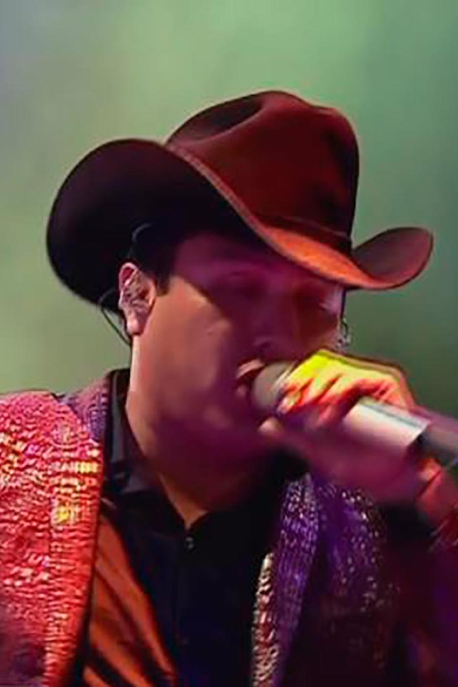 Las canciones de Julión Álvarez quedaron fuera de iTunes por sus nexos con el narcotráfico