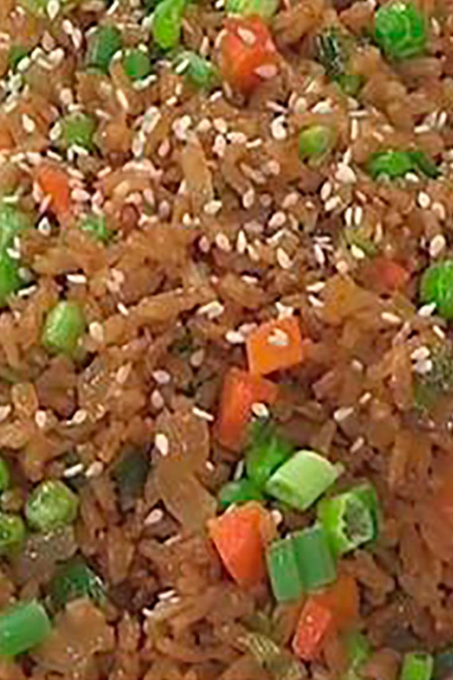 Recetas de cocina: Descubre cómo hacer un Arroz Chino vegetariano y bajo en calorías