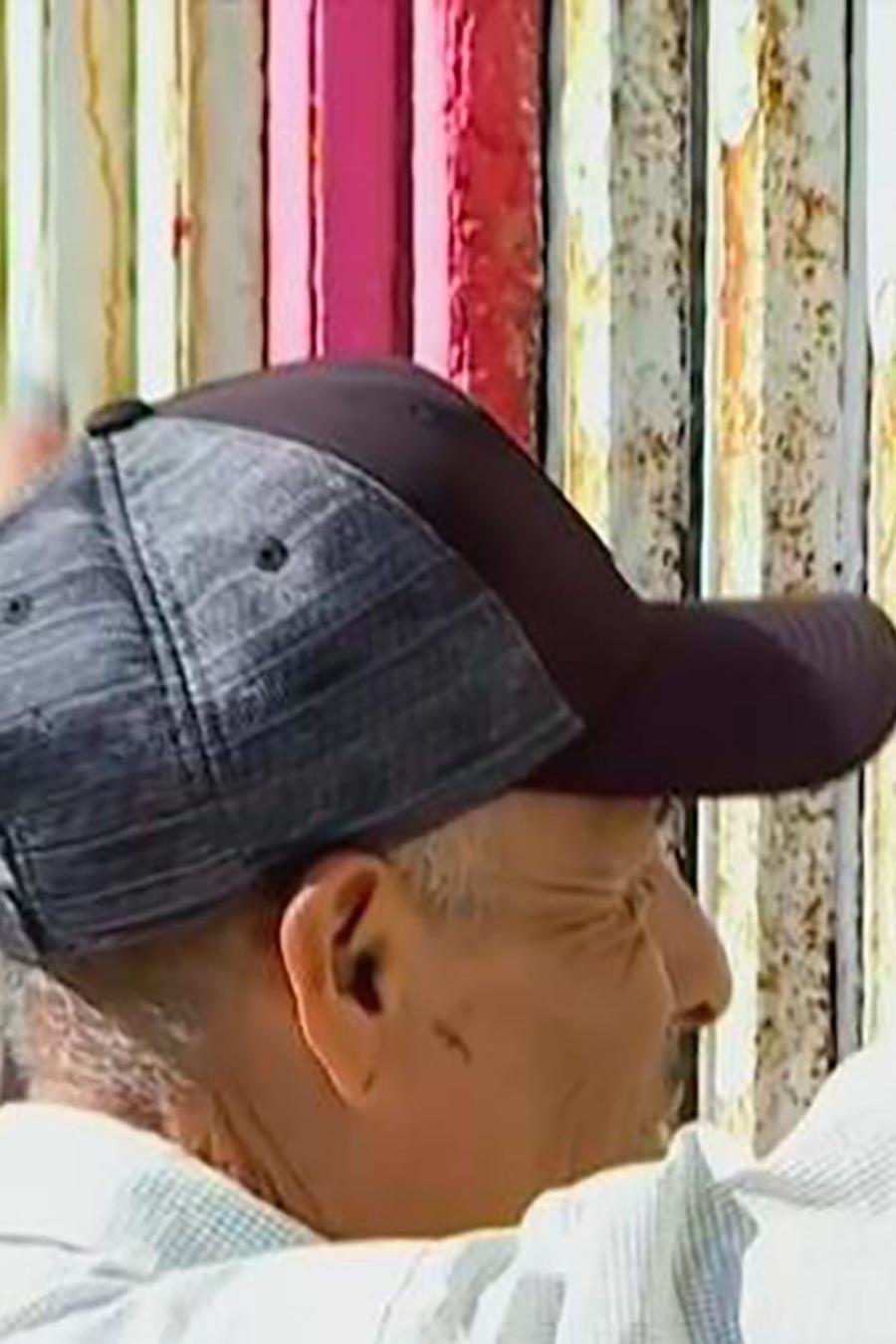"""Varias familias mexicanas se reencontraron al abrirse otra vez """"La puerta de la esperanza"""""""