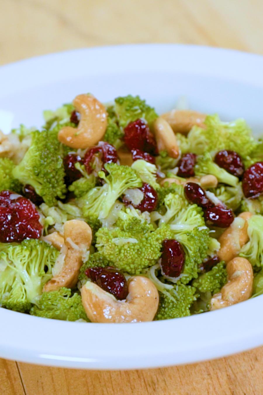 Receta: ensalada de brócoli y castañas de cajú