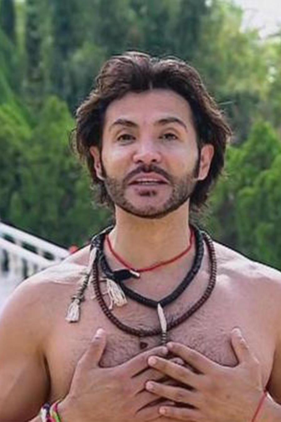 Alejandro Maldonado, instructor de yoga, nos enseña cómo beneficiarnos de la respiración