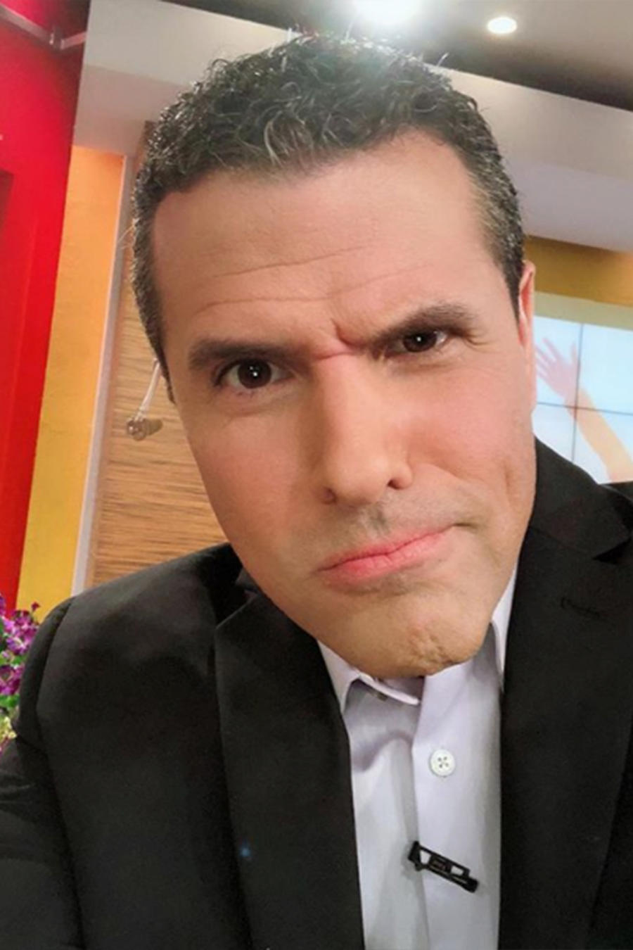 Conoce las predicciones astrales para Marco Antonio Regil, ¡el soltero más codiciado!