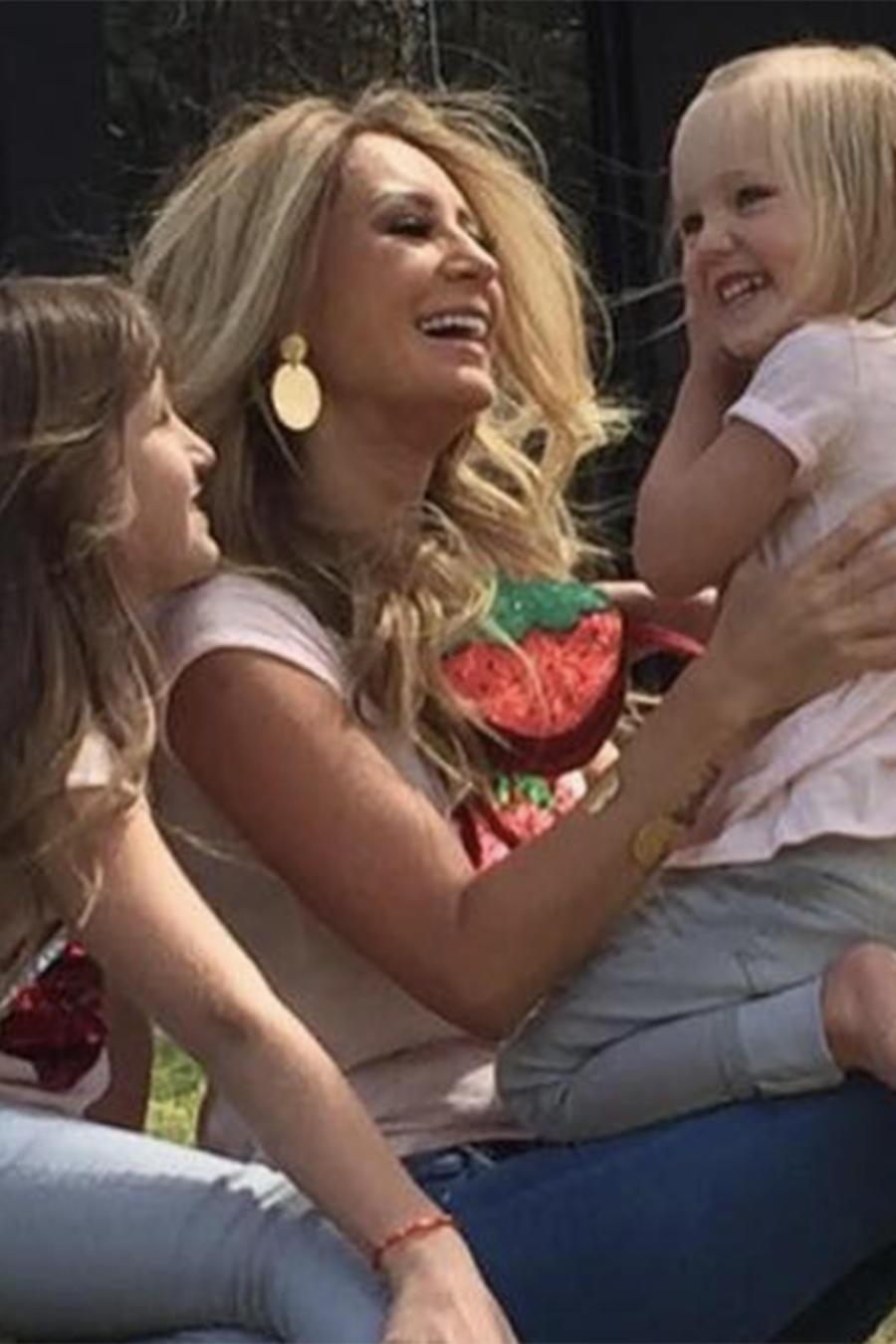 Geraldine Bazán pasa el Día del Padre con sus hijas (VIDEO)