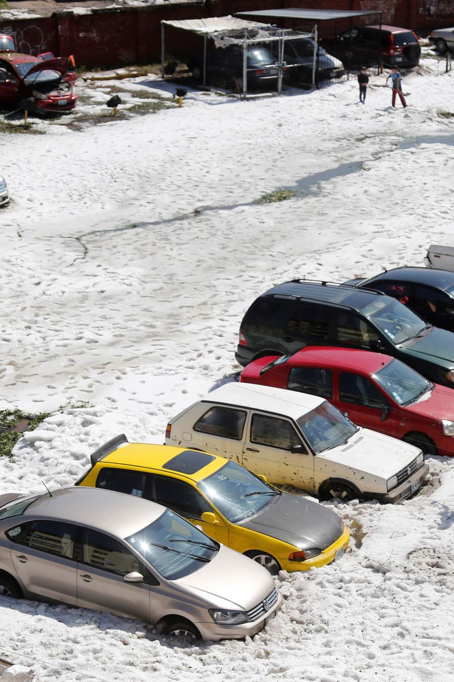 Cae tormenta de granizo en el occidente de México