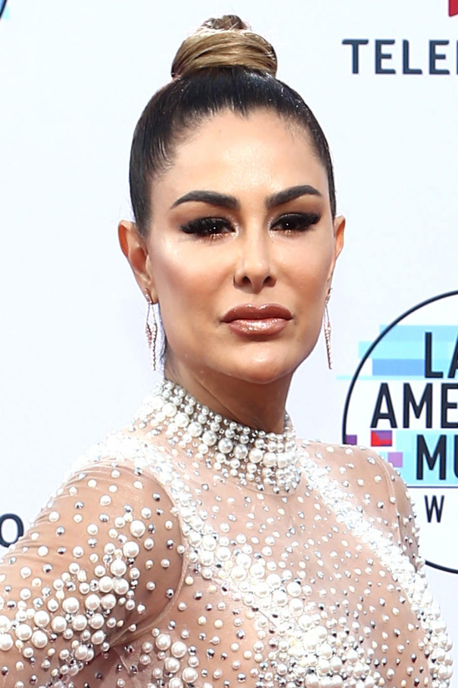2019 Latin AMAs: Sexiest Looks That Stood Out On The Red Carpet