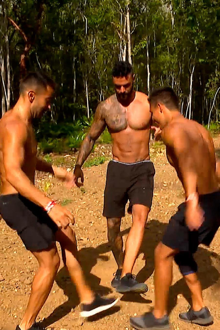 Lozada, Tommy y Carlos alegres en la Cabaña