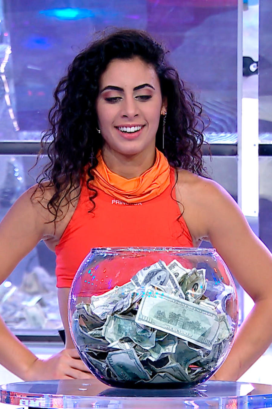 Princesa entra a El Domo del Dinero por primera vez