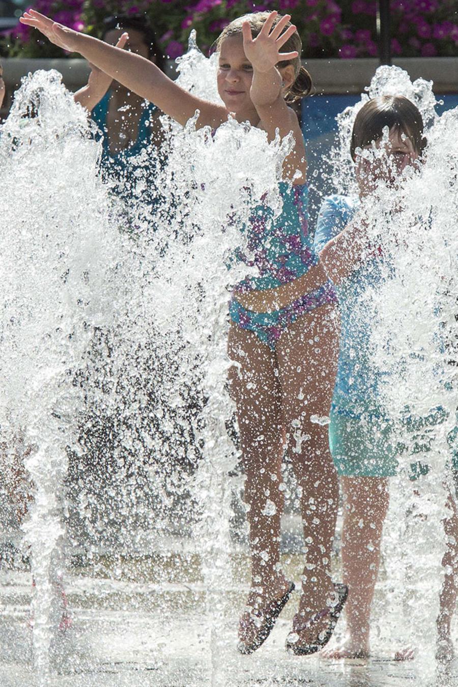 Continúa la ola de calor en varios estados de la nación