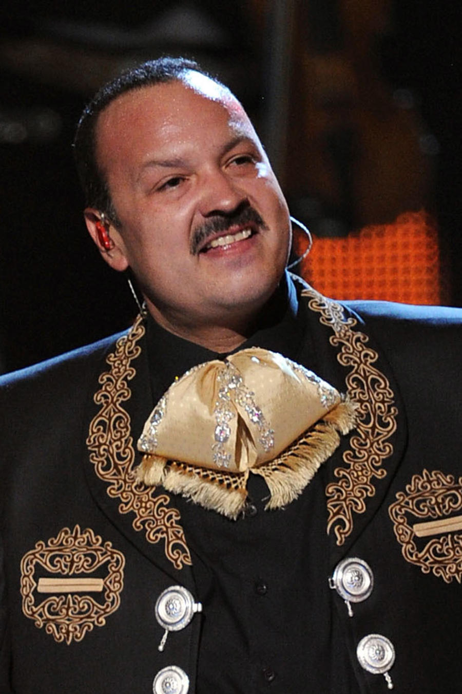 Pepe Aguilar en los Latin GRAMMY Awards 2011