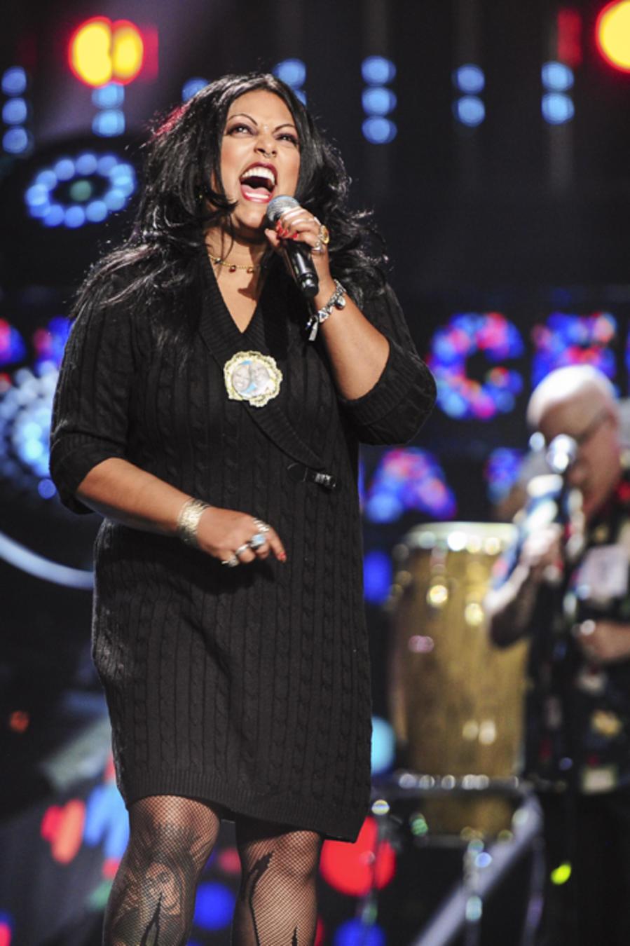 La India en los ensayos del tributo a Celia Criz en los Latin AMAs 2015