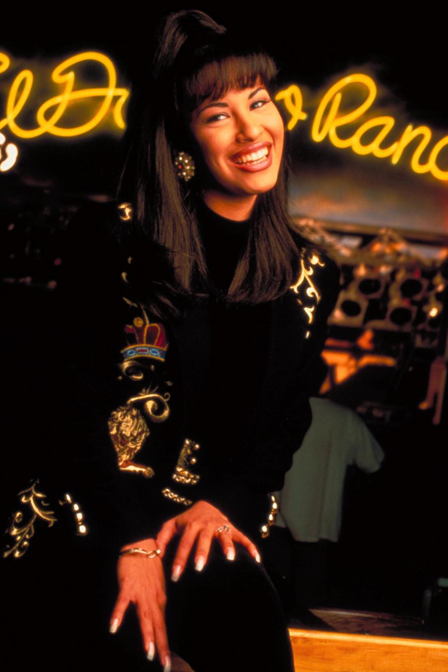 """""""Los Quintanilla nunca han asociado a Selena con políticas partidistas para preservar su legado"""", indica la queja de la familia."""