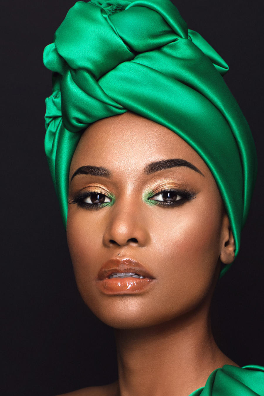 5 Facts You Need to Know About Zozibini Tunzi Miss Universe 2019