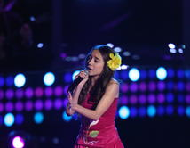 """María Isabel Eguino interpretó """"No me queda más"""" de Selena."""