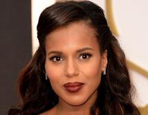 Washington marcó tendencia durante los Oscars del 2014 con sus labios oscuros.