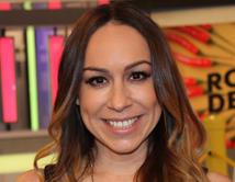 Verónica Castro presume a su nieta colombiana.