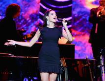 La artista presentará su show en los Premios Billboard 2015.