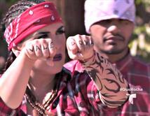 La pesadilla de Los Ángeles es encontrar estacionamiento, Angélica y Raúl se enfrentan en una batalla de Rap cada uno con su combo mexicano y puertorriqueño.