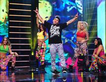 Break dancer mexicano cumple su sueño de bailar en los Latin American Music Awards.
