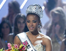 Leila Lopes - Angola