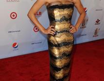 Do you like Naya's red carpet look at the 2011 NCLR ALMA Awards?