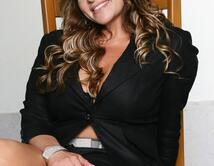 Do you think Jenni Rivera will win the Artista Femenino del Año Award at the 2012 Latin Billboard Awards?
