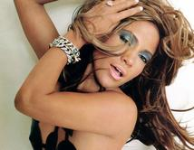 Do you think Jennifer López will win the Artista Femenino del Año Award at the 2012 Latin Billboard Awards?