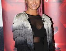 Demi Lovato will be a judge on X-Factor along with Britney Spears. / Demi Lovato será un juez de X-Factor junto con Britney Spears.