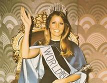 Fue la primera Miss Universo estadounidense. Se coronó en 1973 pero fue desposeída del título por mantener numerosos amoríos.