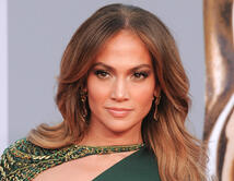 Do you think Jennifer Lopez is the best actress in Hollywood?