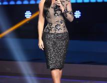 """¿Cómo te gustó más Gaby Espino, presentadora de """"Yo Me Llamo"""" durante la 6ta gala?"""
