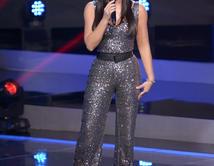 """La presentadora de """"Yo Me Llamo"""" y sus cambios de estilo en el show. Vota por tu favorito. ¿Cómo la vez más bella?"""