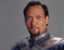 Miembro del Senado Galáctico, fue el padre adoptivo de la hija de Darth Vader, Leia.