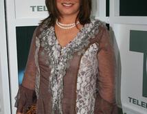 A través de toda su carrera la Dra. Polo se ha distinguido por su elgancia y buen gusto a la hora de vestir.