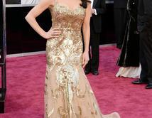 Catherine Zeta-Jones en la alfombra roja de los Oscar