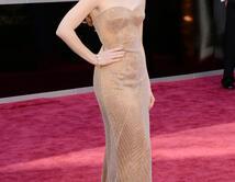 Jennifer Chastain en la alfombra roja de los Oscar