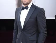 Jason Clarke en la alfombra roja de los Oscar