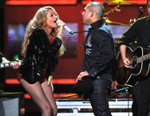 """Tema """"Me voy"""".  ¿Cuál ha sido tu dueto favorito de Paulina?"""