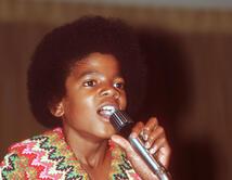 Ellos fueron ídolos infantiles de la música y favoritos de muchos desde que eran pequeños. ¿Cuál crees que obtuvo más fama de niño? Vota por tu favorito.