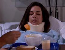 Cuando Bianca se estrelló en el auto por estar peleando con Bruno por telefono.